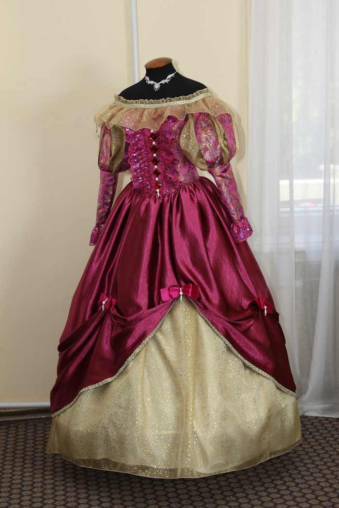 Платье датской дамы