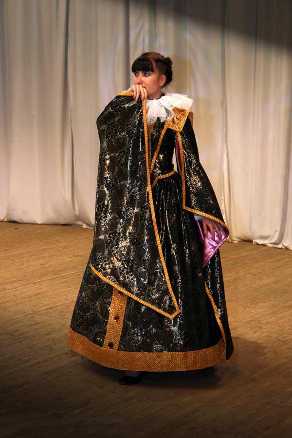 Платье испанской дамы 1560 г.