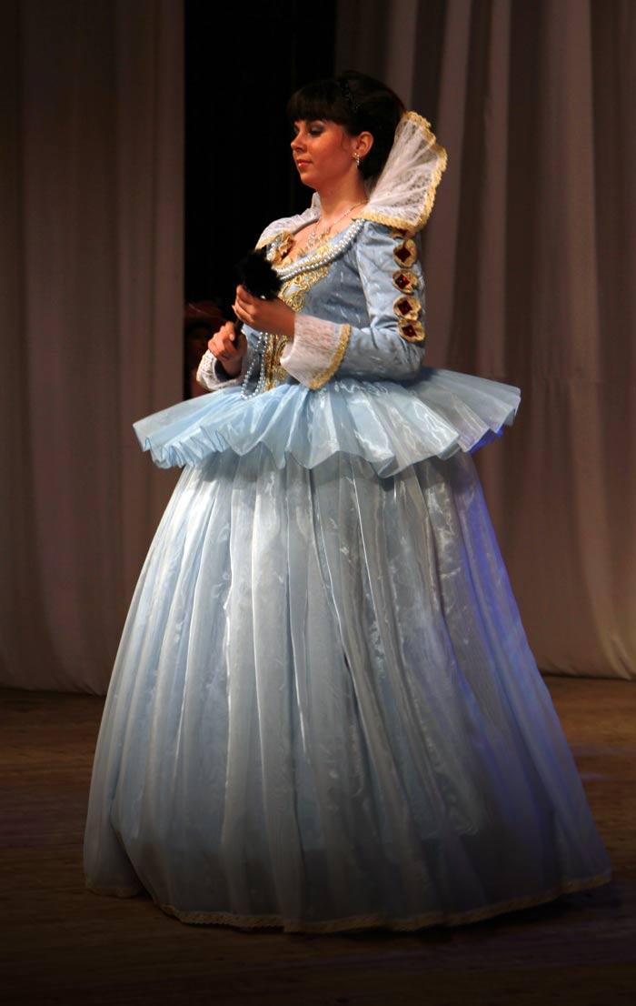 Платье принцессы 17 века. Стиль ренессанс