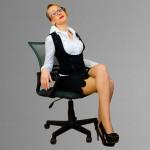 Как сшить прямую юбку и украсить её фестонами