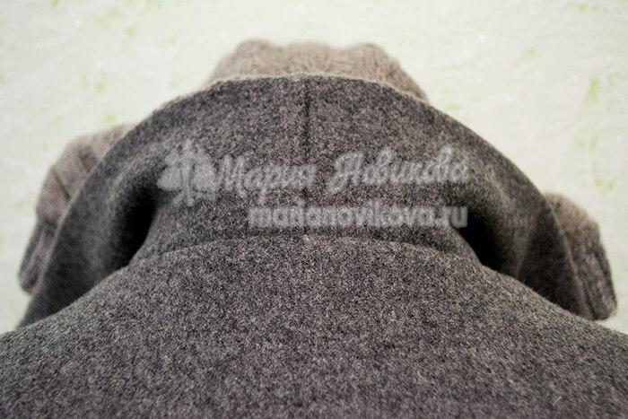 Куртка косуха с капюшоном и воротником