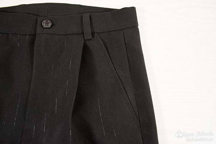 Брюки со шлёвками и боковыми карманами