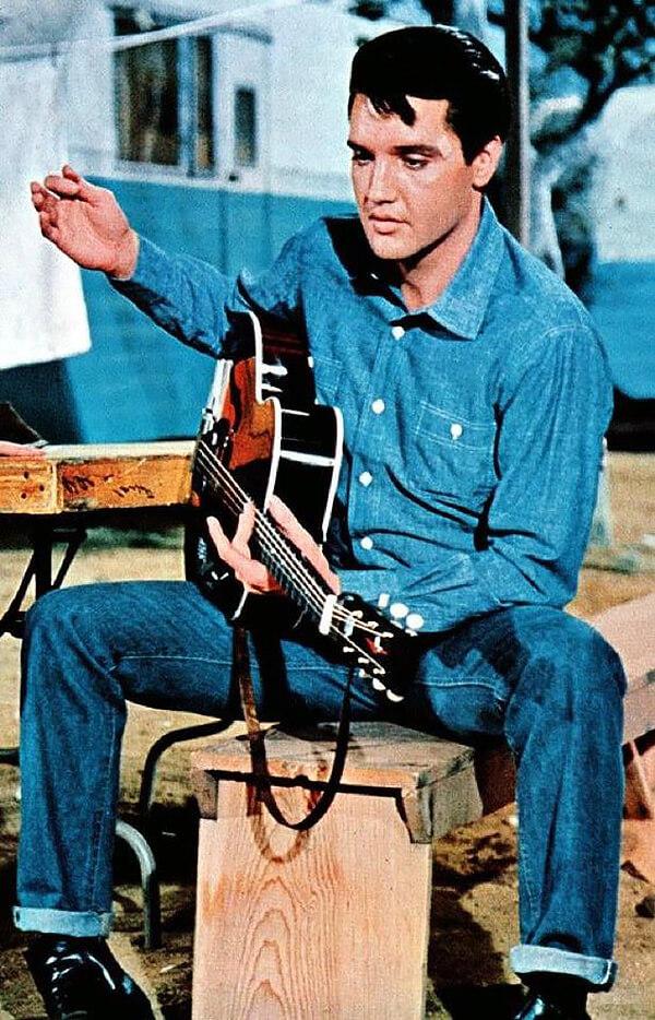 Элвис Пресли в джинсовке