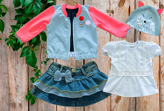 Бомбер, юбка из джинсов, блузка и шапка