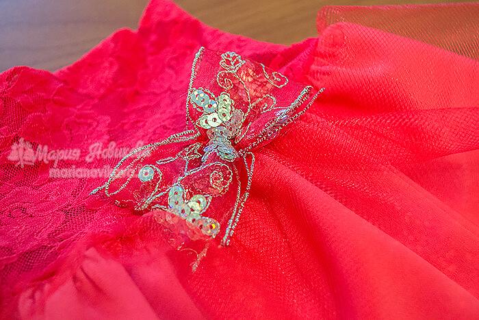 Сделайте декор для юбки в виде банта