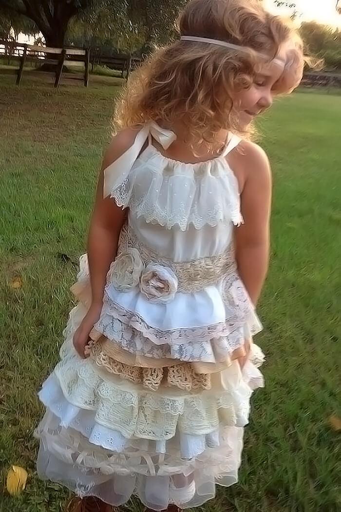 Красивое платье с оборками в пол