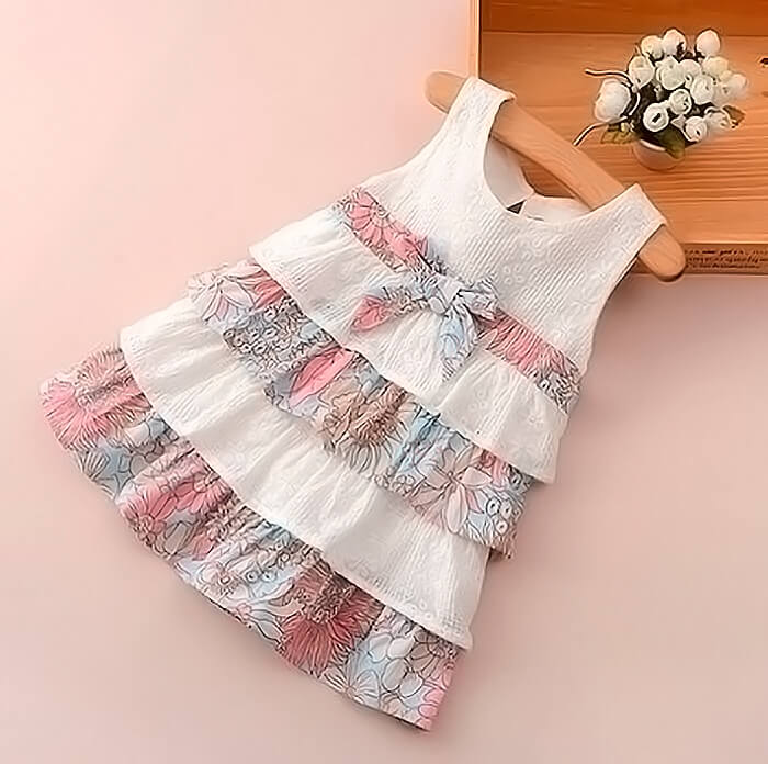 Платье с оборками из натуральных тканей
