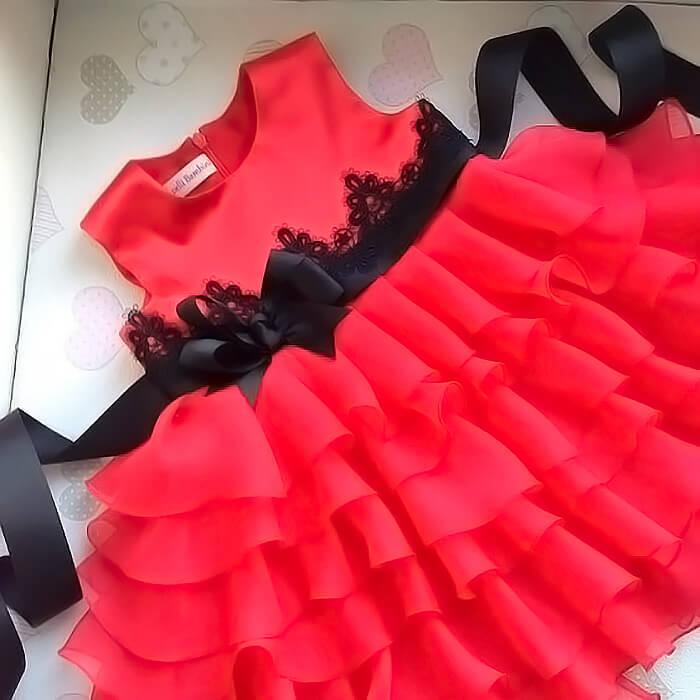 Красивое платье для маленьких девочек