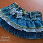 Как сшить детскую юбку с оборками из старых джинсов