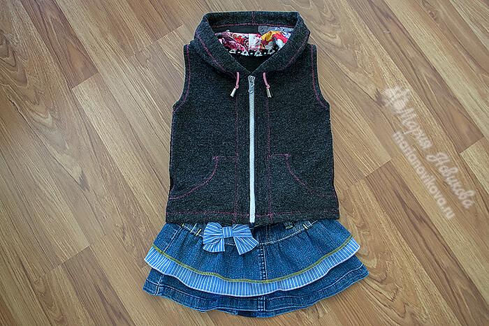 Джинсовая юбка с жилеткой