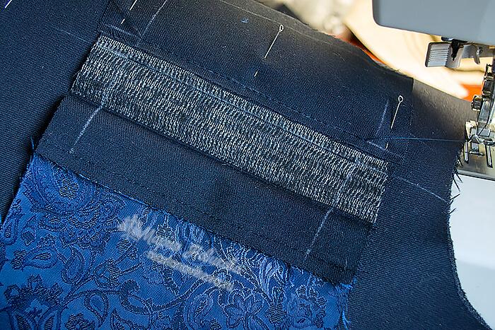Пришить подзор к рамке кармана