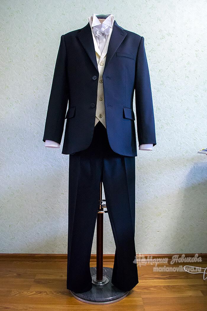 Свадебный костюм в стиле 19 века