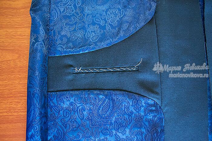 Прорезной нагрудный карман на подкладке